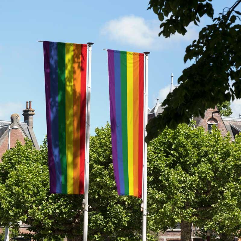 Regenbogenflagge bedrucken lassen
