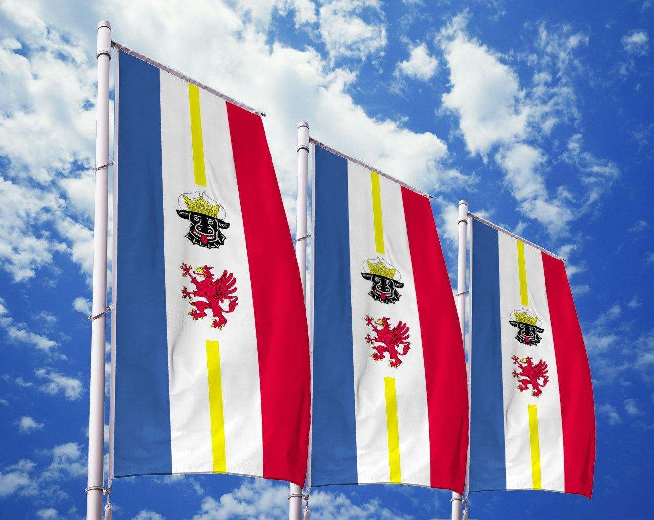 Mecklenburg-Vorpommern-Flagge mit Wappen bedrucken lassen