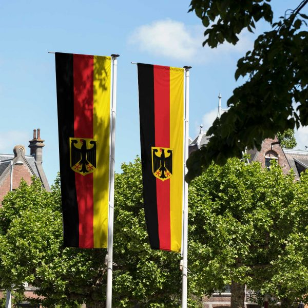 Deutschland Nationalflagge mit Adler (Premiumqualität)
