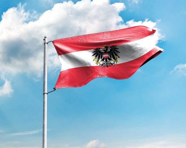 Österreich / Österreichische / Austria Fahne mit Wappen, Hissflagge in vielen Größen und Befestigungen (Premiumqualität)