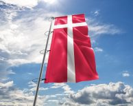 Dänemark / Dänische / Denmark Fahne, Hissflagge - in vielen Größen und Befestigungen (Handmade - Premiumqualität)