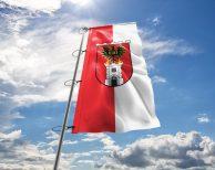 Eisenstadt Fahne mit Wappen in vielen Größen und Befestigungen (Premiumqualität)