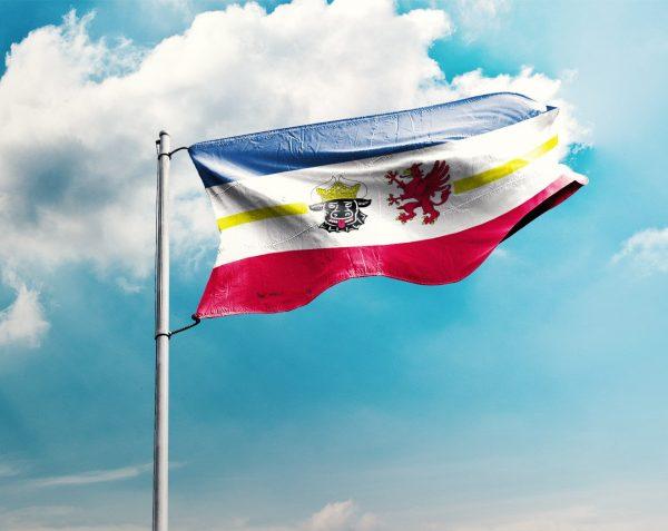 Mecklenburg-Vorpommern - Flagge, Fahne , Hissflagge in vielen Größen und Befestigungen (Premiumqualität)