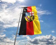 Saarlandes - Flagge, Fahne , Hissflagge in vielen Größen und Befestigungen (Premiumqualität)