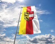 Kärnten Fahne mit Wappen, Hissflagge in vielen Größen und Befestigungen (Premiumqualität)