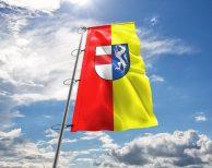 St. Pölten Fahne mit Wappen in vielen Größen und Befestigungen (Premiumqualität)